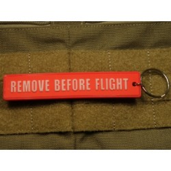 "LLAVERO-COLGANTE ""REMOVE BEFORE FLIGHT"""